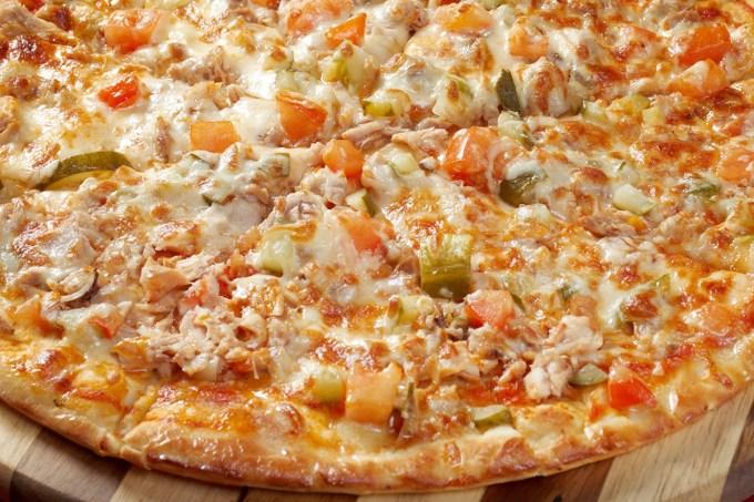 Pizza de frango acebolada