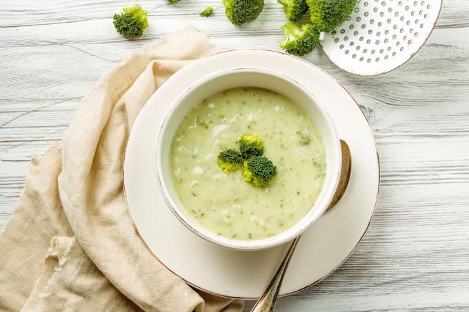 Sopa-castanha-caju-brócolis