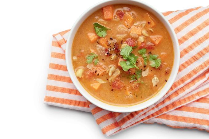 Sopa-frango-grão-de-bico