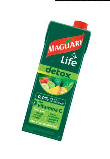 O Suco Verde Life Detox, da Maguary, é feito só com frutas (manga, limão, maçã), folhas (couve, espinafre, pepino) e gengibre (R$ 7,99 o litro). São 88 calorias em 1 copo.