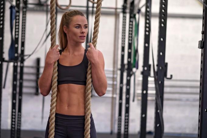 Atleta-de-crossfit-loira