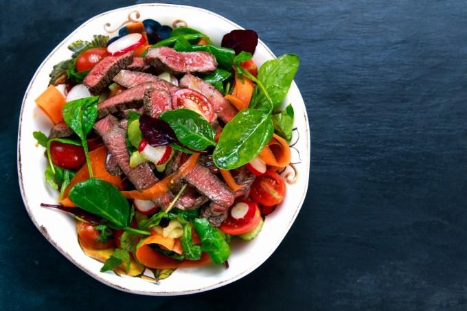 salada-carne