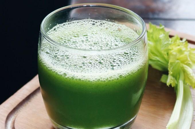suco-verde-detox-carol-buffara