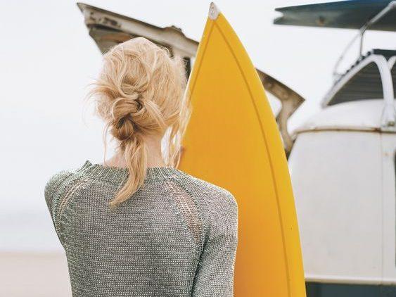 Mulher-penteado-praia