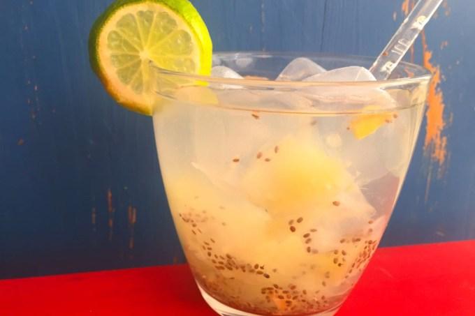 caipirinha-fit-gengibre-agua-chia-limao