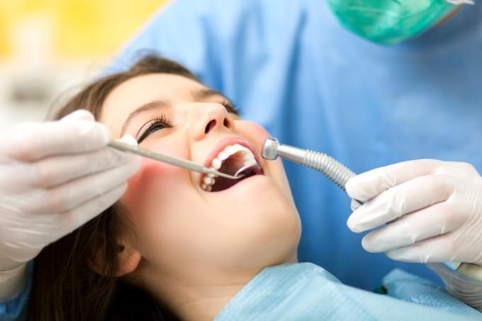 mulher-dentista