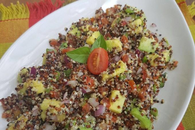 salada-quinua-abacate