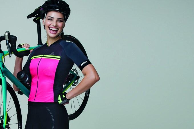 mulher-com-bicicleta