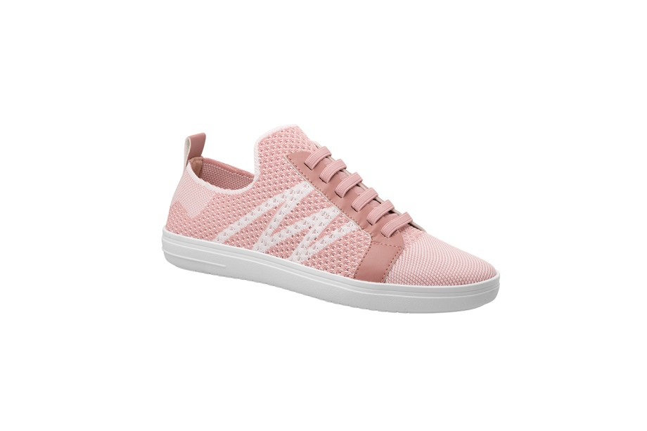 """Tênis, Piccadilly, R$189 (<a href=""""http://www.piccadilly.com.br"""">www.piccadilly.com.br</a>)"""