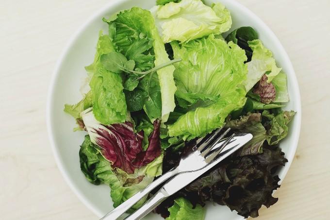 alimentacao-salada-dieta