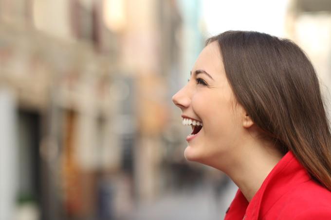 mulher-sorriso
