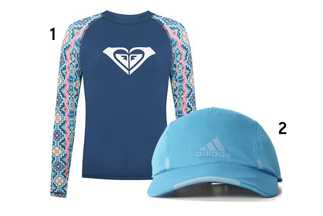 """1. Camiseta, <a href=""""http://www.roxybrasil.com.br"""" target=""""_blank"""" rel=""""noopener"""">Roxy</a>, R$ 190; 2. Boné, <a href=""""http://www.adidas.com.br/"""" target=""""_blank"""" rel=""""noopener"""">Adidas</a>, R$ 100 (preços pesquisados em outubro de 2017)."""