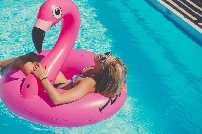bf-cabelo-paz-piscina