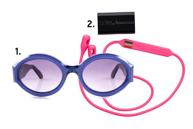 """1. Óculos, <a href=""""https://www.livo.com.br/"""" target=""""_blank"""" rel=""""noopener"""">LIVO Eyewear</a>, R$ 550; 2. Cordas para óculos, <a href=""""https://lojamelissa.com.br/acessorios/melissa-ascordinhas?utm_source=site-melissa&utm_medium=referral&utm_campaign=produto#959=245"""" target=""""_blank"""" rel=""""noopener"""">Melissa + As Cordinhas</a>, R$ 50 (preços pesquisados em novembro de 2017)"""