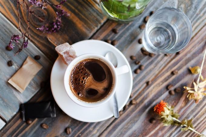 cafe-mesa-madeira