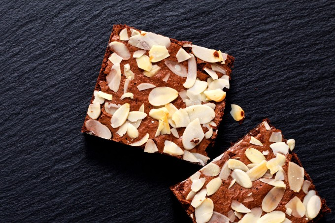 brownie-cacau-chocolate-amendoa