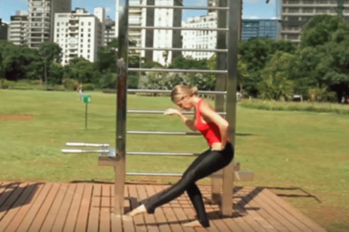 exercícios de ballet fitness para bumbum