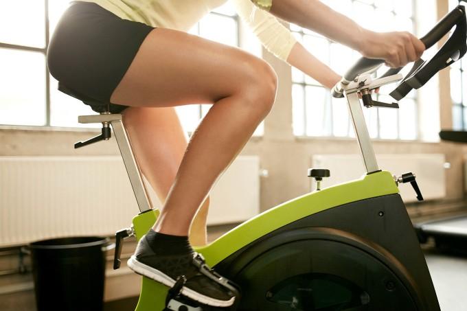 spinning-pernas-bike