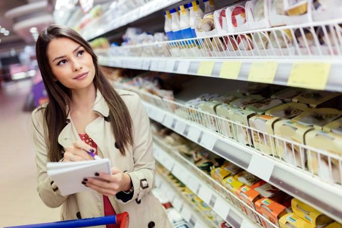 mulher-supermercado