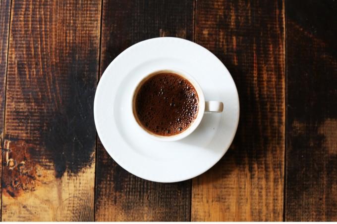 Café pode ajudar a combater Parkinson e demência, diz estudo