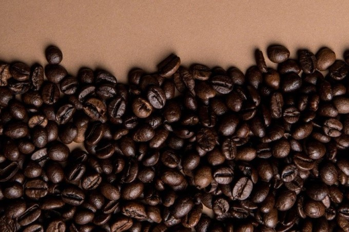 caffeine-coffee-coffee-beans-roasted-585750