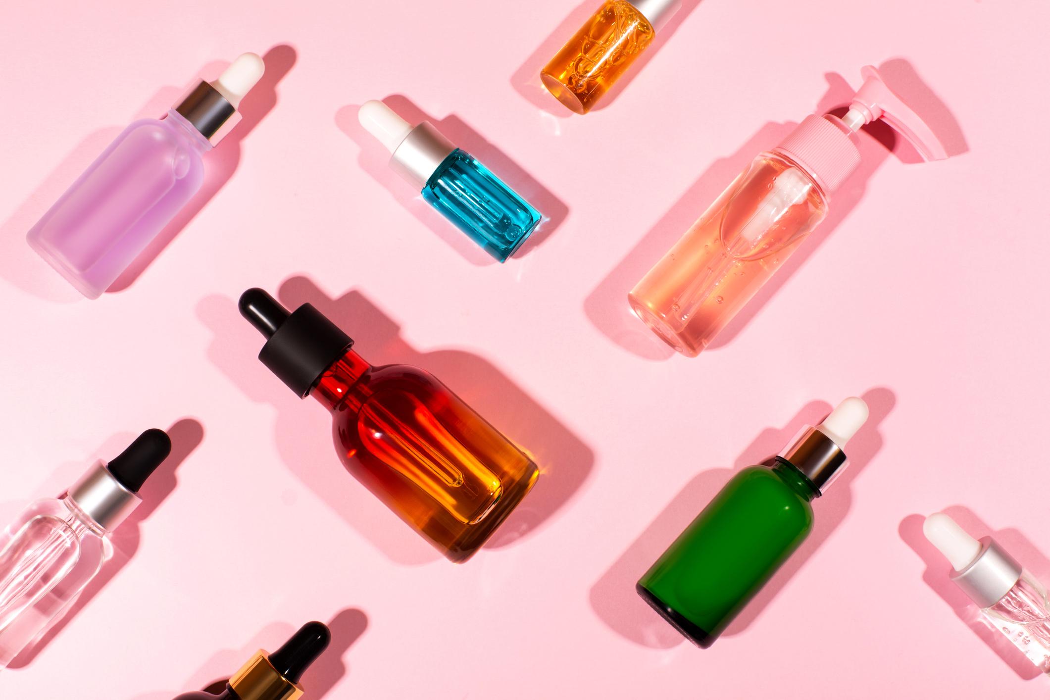 GettyImages-1223714147 Óleos essenciais: conheça os benefícios para a pele