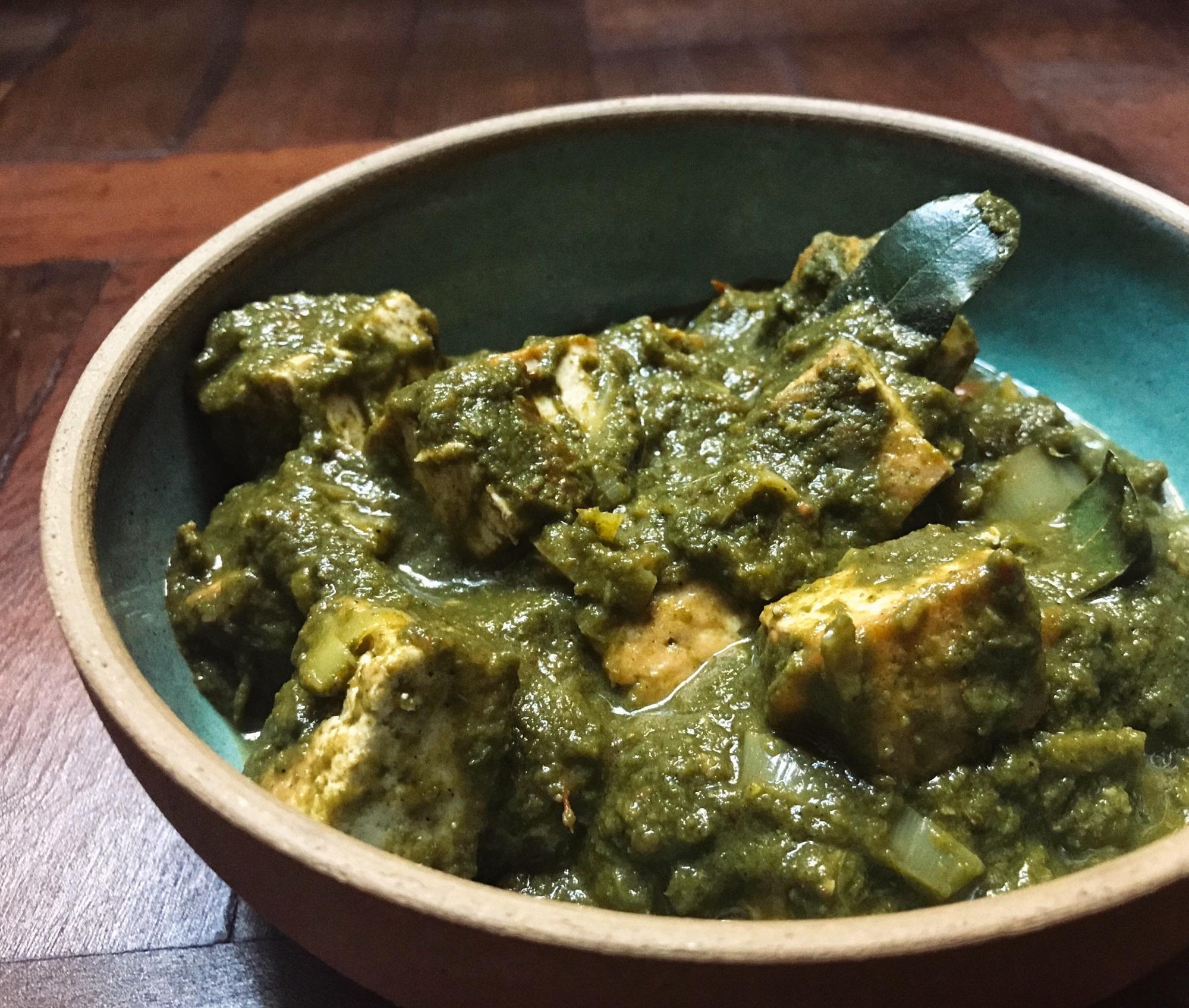 receita de curry de espinafre vegetariano