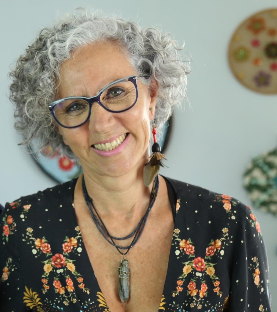 Conceição Trucon, autora do livro