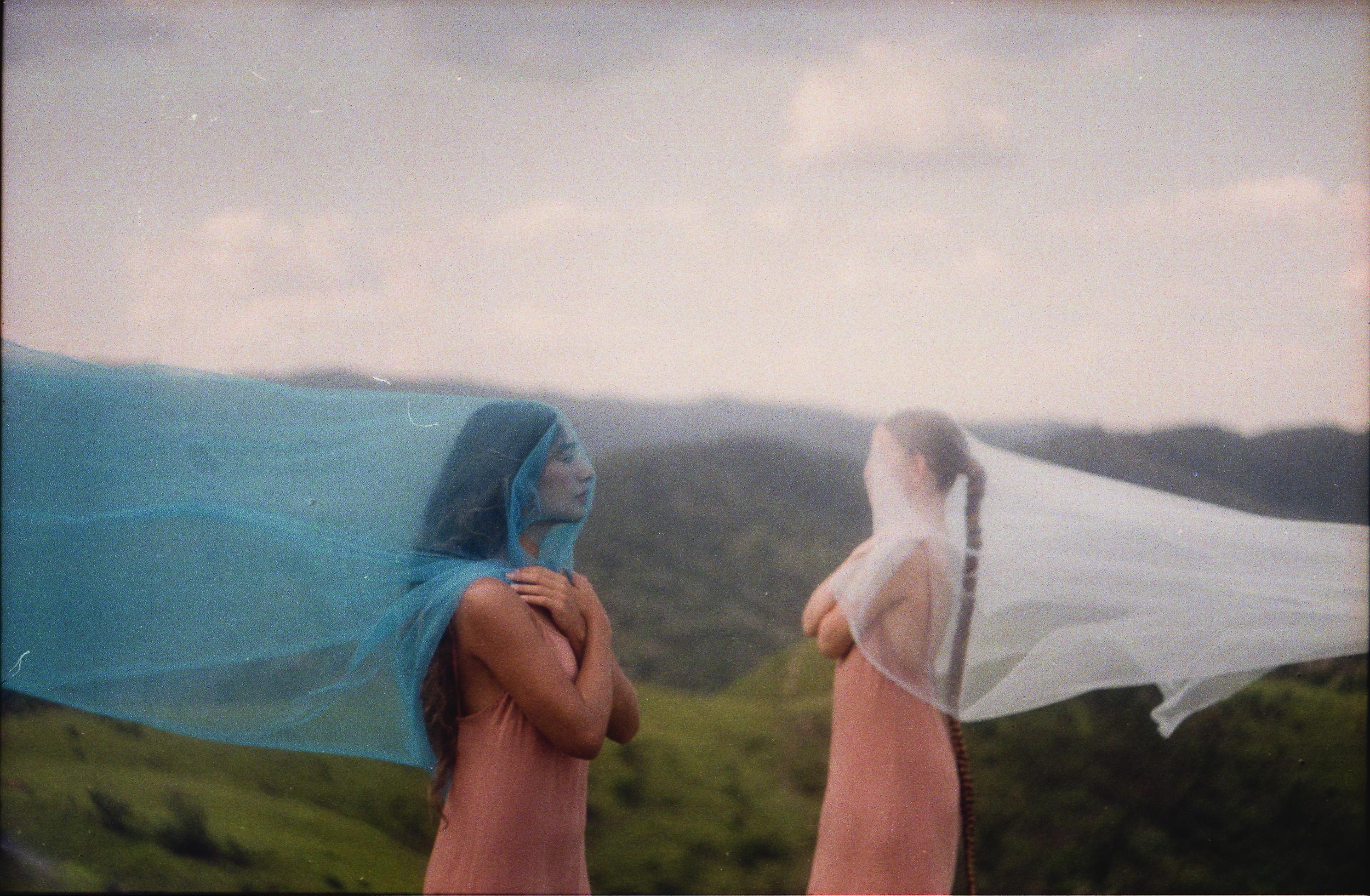 Gravação do visualizer da música 'Te Amar é Massa Demais': liberdade para experimentar novos formatos