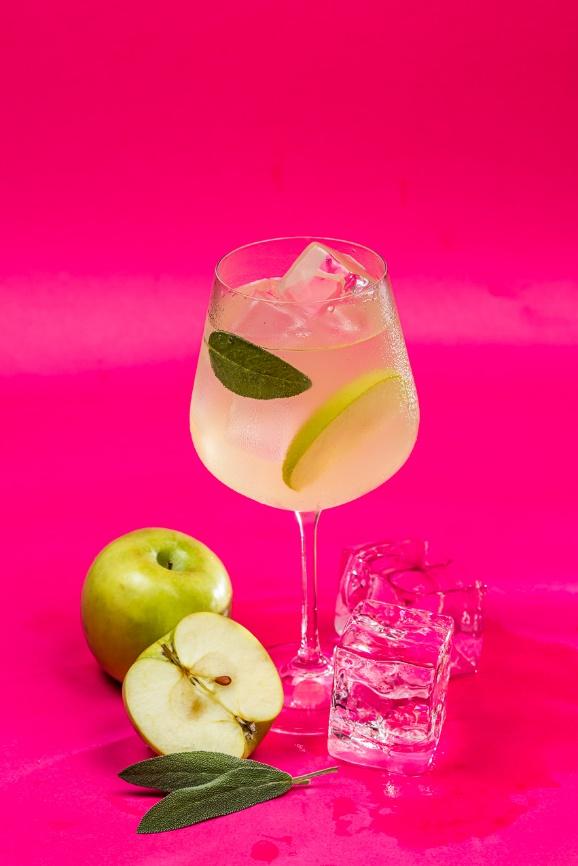 telegram Dia da cachaça: Receitas de drinks para comemorar