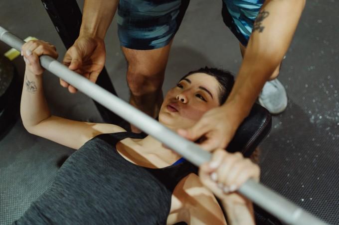 exercicios-com-barra-olimpica