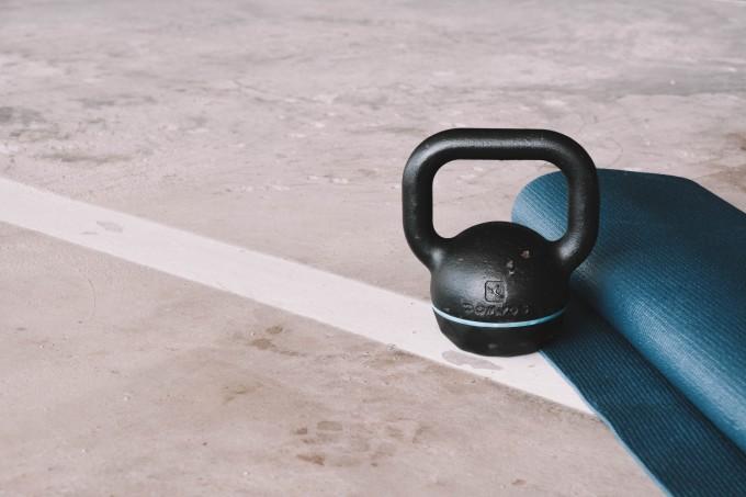 exercicios-com-kettlebell-4